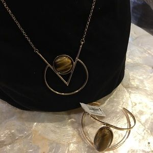 Gold tone necklace and bracelet American Eagle